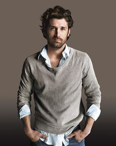 Patrick Dempsey (born January is an American actor who first gained Hollywood fame in the late He's most known for his role as neurosurgeon Dr. Derek Shepherd on the medical drama Grey's Anatomy. See more about Patrick Dempsey here. Basic Fashion, Look Fashion, Mens Fashion, Fashion Menswear, Winter Fashion, Pretty People, Beautiful People, A Well Traveled Woman, Raining Men