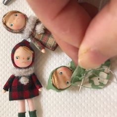 Tiny Dolls, Soft Dolls, Dollhouse Dolls, Miniature Dolls, Diy Barbie Furniture, Matchbox Art, Doll Quilt, Soft Sculpture, Fabric Dolls