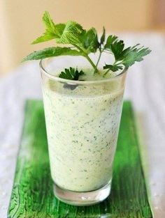 The best kefir smoothies for weight loss and strengthen the immune system🍹🍌🍒🍍 / Chief-Cooker () Smoothies Healthy Weightloss, Diet Smoothie Recipes, Weight Loss Smoothies, Smoothie Diet, Healthy Weight Loss, Diet Recipes, Healthy Recipes, Nutrition Education, Nutrition Plans