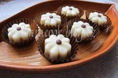 Mokate Russian Recipes, Mini Cupcakes, Muffin, Chocolate, Breakfast, Desserts, Om, Polish, Petit Fours