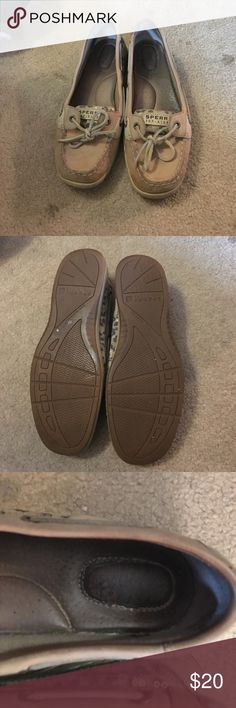 Sperry top-sider boat shoes Cheetah print boat shoes, in good condition with small mark on side and slightly worn on inside of shoe. Sperry Top-Sider Shoes Flats & Loafers