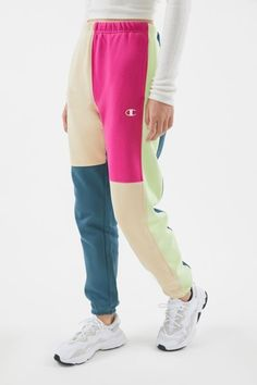 Champion UO Exclusive Colorblock Sweatpant - Source by - Cute Lazy Outfits, Sporty Outfits, Teen Fashion Outfits, Tween Fashion, Girl Fashion, Girl Outfits, Cute Sweatpants Outfit, Cute Pants, Women's Pants