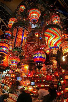Google Image Result for http://photos.igougo.com/images/p151603-Istanbul-Istanbul_Bazaar.jpg