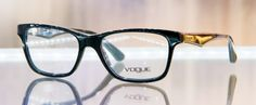 Sharing Happens • Pin a gift • Optical Center • VOUGE Q316