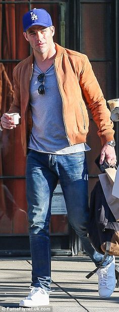 Chris Pine flashes smile while donning beige coat, T-shirt and jeans for GMA appearance | Daily Mail Online