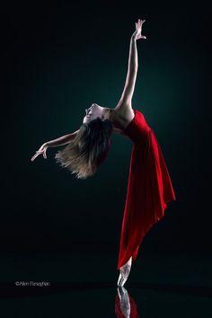 Allyssa Bross of Los Angeles Ballet