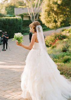 dc cupcakes wedding dress