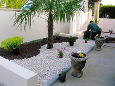 jardin paysager, pmaysager le jardin avec gravier noir et blanc