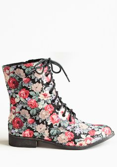 Fleeting Floral Boots #threadsence #fashion #90s