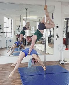 Pole Dance Moves, Dance Poses, Pole Dancing, Yoga Poses, Boot Camp Workout, Barre Workout, Yoga Fitness, Fitness Exercises, Pole Tricks