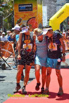 Transvulcania-2014-Ultramaratón-meta-ganadoras-Foto Isabel Montano- Escuela de Arte de La Palma