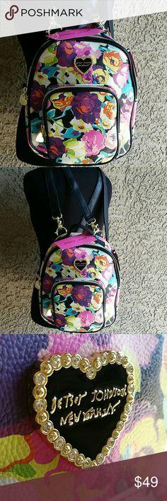 Betsey Johnson Convertible Mini Backpack Betsey Johnson Mini backpack. Convertible straps. Wear as backpack or crossbody! Betsey Johnson Bags Backpacks