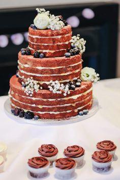 40 bezaubernde Schleierkraut Hochzeitsdeko-Ideen Here's another pair of magical ideas for all vi Diy Wedding Cake, Beautiful Wedding Cakes, Gorgeous Cakes, Amazing Cakes, Table Wedding, Wedding Ceremony, Wedding Receptions, Boho Wedding, Rustic Wedding Centerpieces