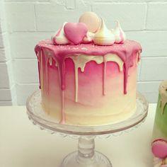Картинки по запросу картинки розовые торты