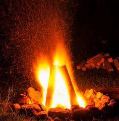 Chalet le Malard en été.Le feu de la Saint-Jean-Baptiste.