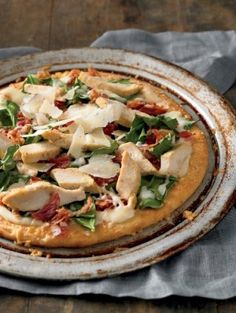 Roasted Chicken, Bacon and Spinach Pizza with BONICI Pizza Products Chicken Florentine Pizza Recipe, Chicken Pizza Recipes, Main Course Dishes, Main Dishes, Spinach Pizza, Roasted Chicken, Chicken Bacon, Quick Meals, Food Dishes