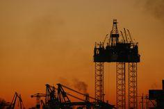 Oil platform building