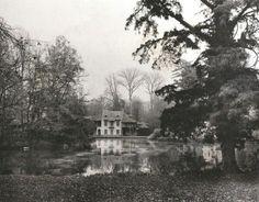 Comte H. de Lestranges, France : Ferme de Trianon. 1900