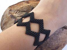 Black lace bracelet - geometrical bracelet, macrame bracelet, knotted bracelet, geometric pattern!!
