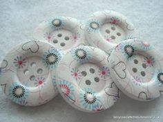 30mm Wood Button White Heart and Flower Print by berrynicecrafts, £1.00 #etsy #button, #flower #heart