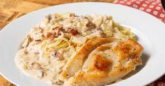 Chicken Parmesan Carbonara – 12 Tomatoes Chicken Filet, Open Faced Sandwich, Chicken Seasoning, Chicken Recipes, Chicken Ideas, Ground Beef, Hearty Meal, Farmers Casserole, Pasta Casserole