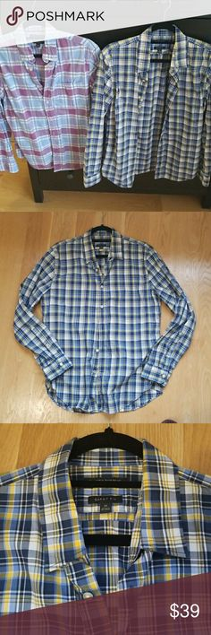 2 for 1 banana republic button down shirts bundle Camden fit and grant fit size small and medium.  Barely worn great quality.  Bundle and save Banana Republic Shirts Casual Button Down Shirts