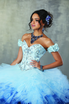 4a4503ecc8e Turn heads at your Prom with this showstopper from Debi s Bridal in San  Antonio! Spanish