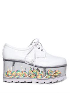 Lollipop shoes by yru Dream Shoes, Crazy Shoes, Me Too Shoes, Funky Shoes, Galaxy Shoes, Galaxy Converse, Sneakers Fashion, Fashion Shoes, Fashion Fashion
