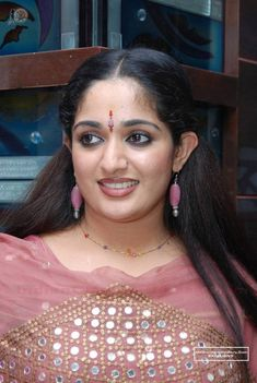 Kavya Madhavan Goddess Of Cuteness Made Crowds Uncontrollable By Her Beauty In One The Event Hot Actresses, Indian Actresses, Kavya Madhavan Saree, Girls Group Names, Angels Beauty, Red Mini Skirt, Most Beautiful Indian Actress, India Beauty, Girl Face