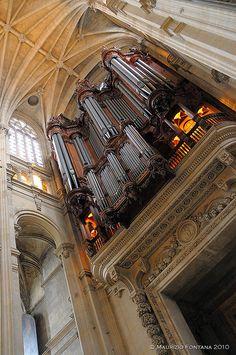 Halles Quarter, Saint Eustache Church organ, Paris
