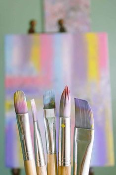 Learn about acrylic painting techniques for beginners. This guide will show you different strokes and acrylic brush techniques. Easy Canvas Painting, Acrylic Painting Techniques, Easy Paintings, Painting Tips, Indian Paintings, Oil Paintings, Painting Art, Body Painting, Acrylic Paint Brushes