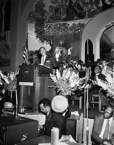 Dr. Martin Luther King Jr. at Second Baptist Church, Los Angeles, 1958.Harry Adams Collection.CSUN,  Institute for Arts and Media Photographic Archive.