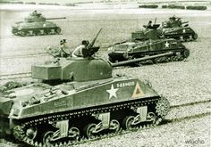 """Shermans from Armoured Division in Normandy. In the foreground a tank version """"Firefly"""". Sherman Firefly, Tank Armor, Sherman Tank, Ww2 Tanks, Army Vehicles, Battle Tank, Military Photos, Military Weapons, German Army"""