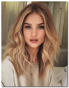 40 Super Sleek and Sexy Hairstyles for Medium Length Hair