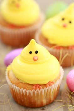 Baby Chick Vanilla Cupcakes for Spring (Small Batch Cupcakes) This recipe makes just 4 cupcakes and are so easy to decorate.
