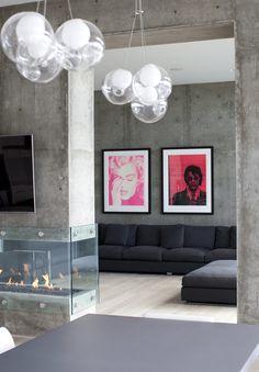 ultra modern home with Tanya Schoenroth, who was the interior designer. Photographer: @Janis La La La La La La La nicolay