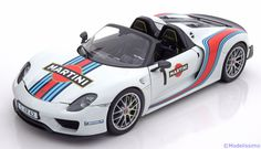 Porsche 918 Spyder, Weissach Package 2013. Minichamps, 1/18, No.110 062440, Limited Edition 1500 pcs. 150 EUR