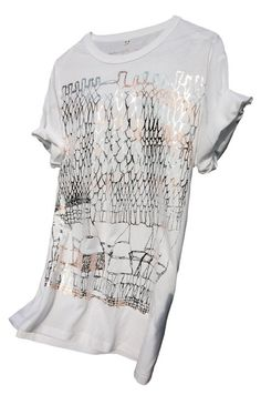 B/F Rodarte Colab / Colette Pop Up Store /  Illustration based on the iconic loose Rodarte knit, handprinted on organic cotton and bamboo t-shirts. Each and every print featured different colour alterations, and were only available in a limited edition of 30 pieces. The issue number was stamped in the neck, alongside being featured on the swing tag.
