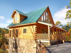 5 O' Clock Somewhere | 3 Bedroom Cabin Rental | Pigeon Forge and Gatlinburg | Smoky Mountain Dream Vacation Cabin Rentals This has a separate pool house