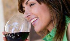 Un estudio norteamericano cuestiona la idea de que el alcohol suponga un factor de riesgo del cáncer de mama