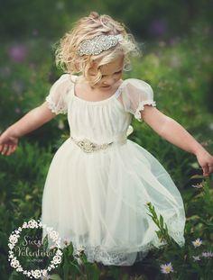 Blumenmädchenkleid im Country Stil von Sweet Valentina