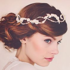 Hey, I found this really awesome Etsy listing at https://www.etsy.com/listing/229715169/wedding-bridal-hair-adornment-pearl