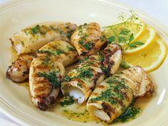 Rezept: Calamari vom Grill mit Butter und Petersilie