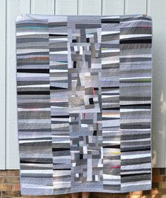 Alas, I get to share my latest pride and joy! I started with one thing in mind, and it quickly had me wandering down a slightly different p. Monochromatic Quilt, Neutral Quilt, Quilting Projects, Quilting Designs, Quilting Tutorials, Textiles, Crumb Quilt, Quilt Modernen, Black And White Quilts