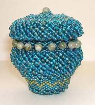 Lidded Beaded Basket Pattern by Jeanette Shanigan at Bead-Patterns.com