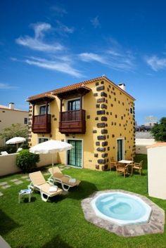 Villa 2 dormitorios. 2 Bedrooms Villa. Bungalows, Tenerife, Great Deals, Restaurant Bar, Modern Architecture, Costa, Hotels, Relax, Mansions