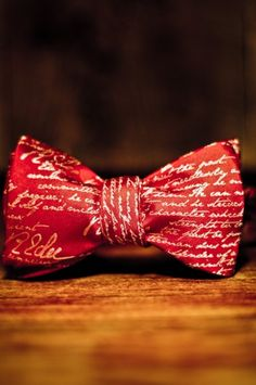 Robert E Lee Bow Tie Definition of a Gentleman - Red