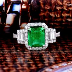 Natural Green Emerald Diamond Ring Solid 14K White Gold: Fine Jewelry