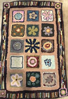Pattern by the former Vermont Country Rugs/ Hooked by Victoria Rudolph