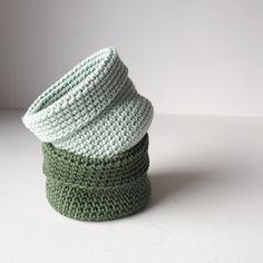 Marvelous Crochet A Shell Stitch Purse Bag Ideas. Wonderful Crochet A Shell Stitch Purse Bag Ideas. Crochet Home, Crochet Gifts, Diy Crochet, Purse Patterns, Knitting Patterns, Crochet Patterns, Crochet Shell Stitch, Easy Crochet Projects, Crochet Handbags